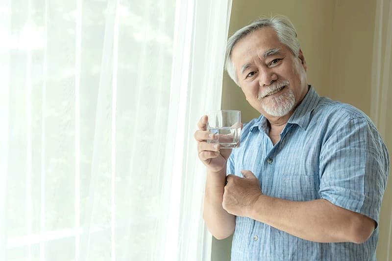 老人家不愛喝水怎麼辦?